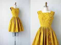 vintage 1950s dress / vintage 50s dress / by adoredvintage on Etsy