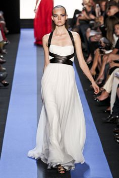 Monique Lhuillier Spring 2012 - Reminds me of the stunning Michael Kors black maxi I pinned awhile back