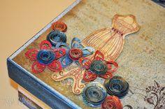 Tays Rocha: Caixa de costura vintage em scrap decor - Workshop True Colors em Arapongas-PR pela Arteara. Os papéis e acessórios utilizados são da Toke e Crie, assinados pela Flavia Terzi. #scrapbooking #scrapdecor #truecolors #taysrocha #workshop #artesanato #crafts