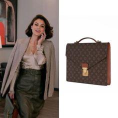Cristal Flores wears this Louis Vuitton vintage monogram briefcase on Dynasty 1x14