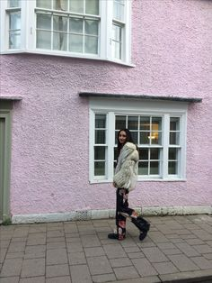 pink england pink house streetstyle lifestyle