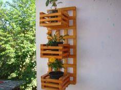 Floreira Jardim Vertical Cachepô Em Madeira Maciça - R$ 69,90