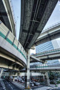 HDR Photo: Hakozaki Junction  HDR写真: 箱崎JCT  by Shin-ichiro Uemura