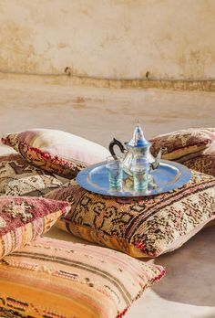 Marrakech based photographer of portraits and products, riads and retreats. Moroccan Theme, Moroccan Design, Persian Culture, Throne Of Glass, Marrakech, Old Things, Photoshoot, Morrocan House, Arabic Pattern