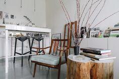 Трёхкомнатная студия сведром вместо раковины вванной Wishbone Chair, Dining Chairs, Projects, Inspiration, Furniture, Home Decor, Decor Ideas, Interiors, Log Projects