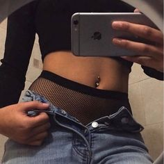 55 ideas piercing lengua chico - You are in the right place about Piercing orelha feminino Here we offer you the most beautiful pic - Tragus Piercings, Innenohr Piercing, Body Piercings, Belly Button Piercing Jewelry, Belly Button Rings, Piercings Industrial, Piercing Bouche, Daith Earrings, Outfits