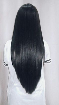 Are you looking for long black straight hairstyles? See our collection full of long black straight hairstyles and get inspired! #straighthairstylesforlonghair