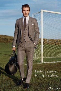 See All the Photos From David Beckham's GQ Cover Shoot Photos: David Beckham's GQ Cover Shoot Estilo David Beckham, David Beckham Suit, David Beckham Style, David Beckham Wedding, Gq Style, Suit Up, Suit And Tie, Prince Of Wales Suit, Equipe Real Madrid