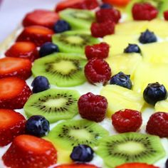 Fruit Pizza - Perfect for a bridal or baby shower... or just to get more fruit into your own kiddos. Step-by-step tutorial