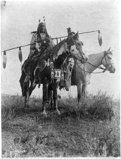 Village Criers on Horseback, Crow 1908 | Edward Curtis