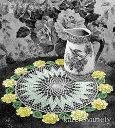 Rose Circle English pattern for doily free vintage crochet doilies patterns Vintage Crochet Doily Pattern, Motif Vintage, Crochet Dollies, Crochet Potholders, Crochet Tablecloth, Crochet Stitches Patterns, Thread Crochet, Crochet Home, Love Crochet