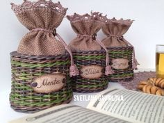 Arts And Crafts For Kids Refferal: 9094851050 Recycled Crafts, Handmade Crafts, Diy And Crafts, Crafts For Kids, Paper Basket Weaving, Willow Weaving, Newspaper Basket, Newspaper Crafts, Art And Craft Videos
