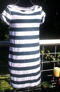 ི♥ྀ Banana Republic ི♥ྀ Blue and White Stripped Dress Size XS