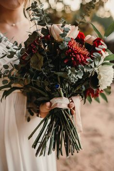 Bouquet Details, Rustic Fall Wedding // Oklahoma wedding photography, Oklahoma brides, rustic weddings