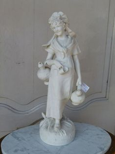 Wonderful sculpture in bisquit of a farmer lady from 1900 in good condition. Discover more beautiful items from Johan Doomen's collection, a professional Belgian antique dealer, on Transferantique. Farmer, Sculptures, Statue, Antiques, Lady, Beautiful, Collection, Things To Sell, Antiquities