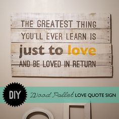 Make #WoodPallet Moulin Rouge Quote Wall Art with Template and #Tutorial @savedbyloves