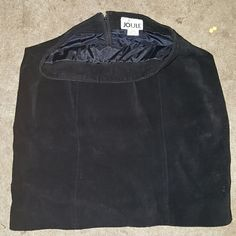 JOULE energy 100% genuine leather black skirt JOULE energy 100% genuine leather black skirt.silk in the inner lining. No slit.zipper down the back of skirt JOULE energy  Skirts