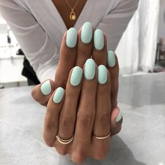25 Trending Light Nails Color for Fall Winter Decorating your nails is very easy… - Nageldesign Mint Nails, Gel Nails, Mint Green Nails, Pink Oval Nails, Nail Manicure, Coffin Nails, Oval Nail Art, Oval Acrylic Nails, White Manicure