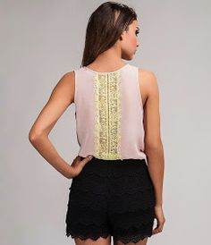 Fashion and Sewing Tips Altering Clothes, Sewing Projects For Beginners, Cute Crochet, Sewing Hacks, Sewing Tips, Refashion, Diy Clothes, Textiles, Ideias Fashion