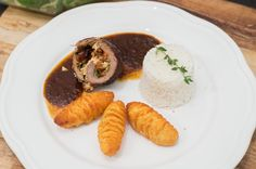 Mediterrane Rinderrouladen, #beef #roulade #tomatoe #feta #basil #meat #dinner www.amigaprincess.com