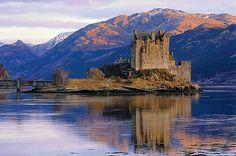 Eilean Donan Castle. Dornie, Scotland.