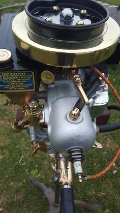 1917 rowboat motor, so classy !