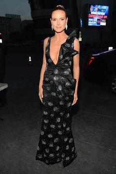 Heidi Klum Wearing Giorgio Armani at 2014 People's Choice Awards in Los Angeles