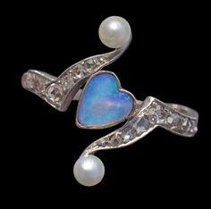 ART NOUVEAU Heart Ring   Gold Silver Opal Diamond Pearl H: 1.8 cm (0.71 in) European, c.1905Ring Case