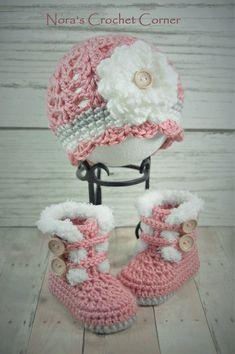 Crochet bebé niña ajuste botas y sombrero por NorasCrochetCorner