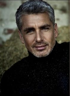 Laurence Nicotra has perfect hair, perfect hair color, and rugged good looks. Perfect Hair Color, Hommes Sexy, Mature Men, Attractive Men, Silver Hair, Good Looking Men, Haircuts For Men, Gorgeous Men, Sexy Men