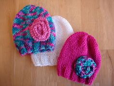 This is a great site for free patterns.  newborn hat options-look here for easy/fast