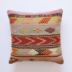 kilim tyyny marokkotynytyyny kilim tyynyliina marokkolaistynyttä tyynyä 60x60 tyynynpäällinen kilim tyynyt tyynyliinat tyynynpäällinen mattopehmuste tyynynpäällinen 60x60 boheemi tyynyt heimotyyny kuvakudos tyyny Kilim kussen Marokkaans kussen Kilim kussensloop Marokkaans kussen 60x60kussensloop Kilim kussens kussenslopen kussenhoes tapijt kussen kussenhoes 60x60Bohemian kussens tribal kussen tapijt kussen