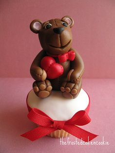 Valentine's teddy bear ),