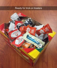 RuinMyWeek.com #funny #funnypictures #funnyphotos #funnypics #halloween #trickortreat