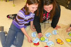 Mrs. King's Music Room: Workstations-Learning the Treble Clef Lines and Spaces  (Gone Fishin': At this station students sat on a large tablecloth (I wish I had a blue one!) and matched fish to fishbowls.  Each fishbowl had a treble clef staff with 3-8 notes on it.  By identifying the letter names of each, students discovered that it spelled a word.  Then they found the matching fish which had a word on it.)