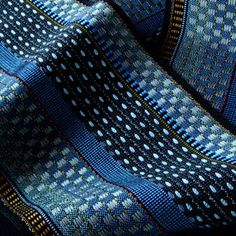 No draft pattern, just the pic, but her site shows other beautiful pix as well -- good ideas about patterning.  This one is Cobalt - Juanita Girardin