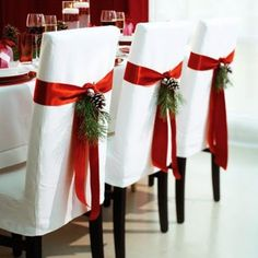 Nice idea for the home at Christmas. To bad my cats would shred the ribbon!