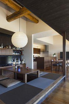 物件詳細 | 実例ギャラリー| 戸建住宅 | 積水ハウス Unique Furniture, Furniture Design, Modern Japanese Interior, Modern Color Palette, Small Apartment Decorating, Beautiful Living Rooms, Interior Design Tips, Small Apartments, Decor Styles