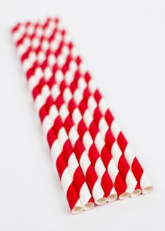 Red and white striped paper straws perfect for any carnival party! $4.50 per package of 25 straws yellowpinwheels.com More colors available.
