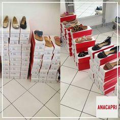 A Anacapri também está presente no Bazar de Natal trazendo as lindas Flats que todo mundo ADORA! Estamos esperando vocês na rua 24 de Maio 1065 - Centro Venham brindar com a gente!