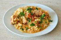 """""""Γιουβέτσι"""" με τόνο (ή άλλο ψαρικό κονσέρβας) - cretangastronomy.gr Fried Rice, Fries, Chicken, Meat, Ethnic Recipes, Food, Essen, Meals, Nasi Goreng"""