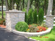 New Landscaping Driveway Entrance Posts Ideas - low maintenance front yard landscaping ideas Driveway Entrance Landscaping, Driveway Design, Front Yard Design, Backyard Landscaping, Landscaping Ideas, Driveway Ideas, Driveway Fence, Fence Ideas, Yard Ideas