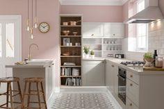 Top 5 Inexpensive kitchen Room ideas Accessorise pink kitchen decoration with warm metallic accents. Gold lights and copper kitchen accessories look gleaming. Shaker Style Kitchens, Kitchen Trends, Grey Kitchen Designs, Kitchen Decor, New Kitchen, Wren Kitchen, Pink Kitchen Decor, Kitchen Layout, Pink And Grey Kitchen