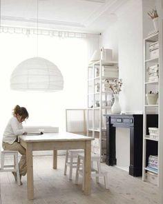 ◇ライトが美しい北欧の白い家【No.127】|◆世界のカラフルインテリア◆DECOZY◆