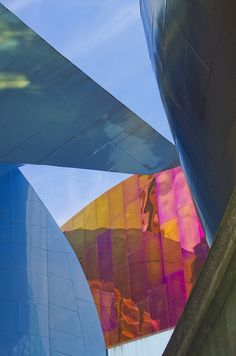 Seattle Center - EMP MUSEUM - Frank O. Gehry 02