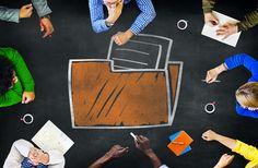 Los archivos no son entidades aisladas… ¡Deben trabajar de manera coordinada! Es una necesidad de las instituciones públicas que los archivos, tanto de trámite/oficina como de concentración/intermedios e históricos, trabajen de forma coherente a lo largo del ciclo vital de la información documental. Los archivos deben funcionar como un sistema integrado y no como unidades aisladas y desvinculadas, para una mejor y eficaz gestión y de administración de documentos de archivos.