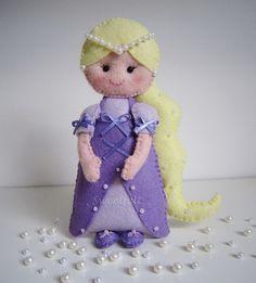 ♥♥♥ Rapunzel... by sweetfelt  ideias em feltro, via Flickr