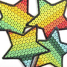 Bügelflicken Regenbogen Sterne