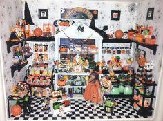 1:12 scale HALLOWEEN candy CAKE SHOP roombox artisan OOAK Dollhouse mini