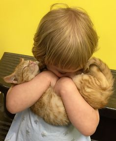 Little Girl Adopts Kitten — And Now They're Growing Up Together